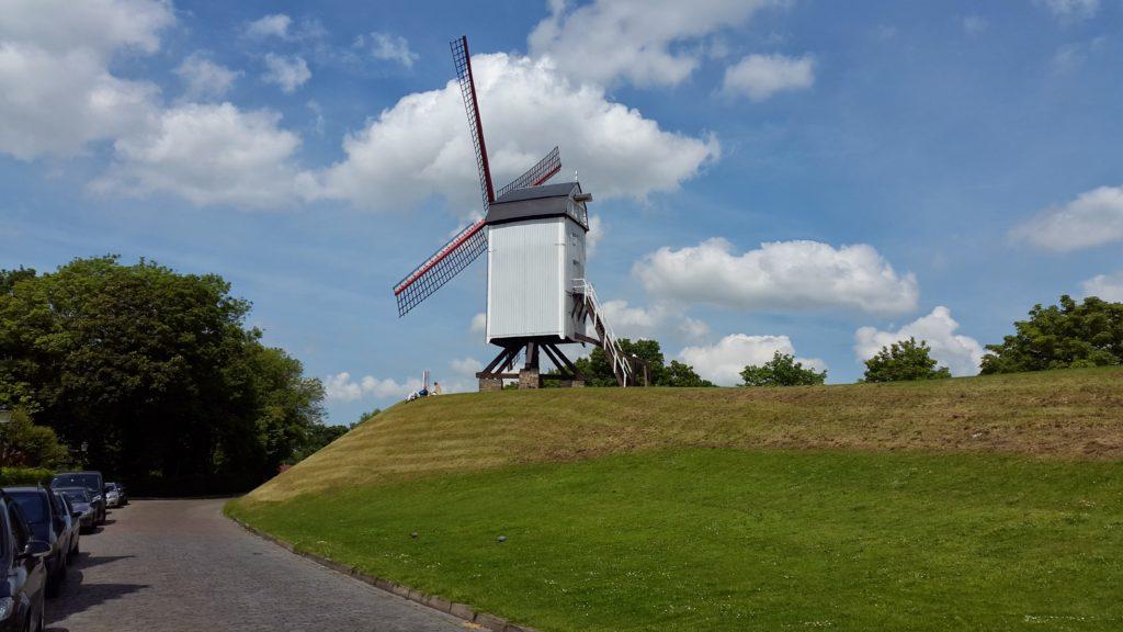 The Bonne-Chière windmill of Bruges, Kruisvest ,Kruispoort town gate, bruges